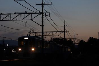 2018年5月5日 18時55分ころ、元加治、4009Fの上り列車。
