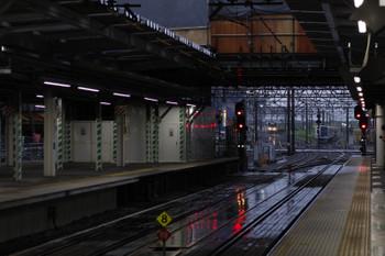 2018年5月9日、所沢、20158Fの5204レ(左奥)。跨線橋の撤去工事が進んでいます。