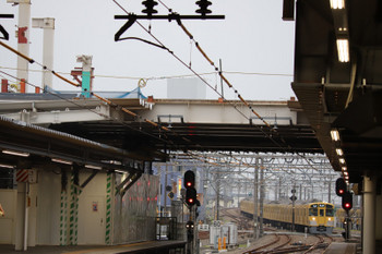 2018年6月23日、所沢、5204レの2091F。駅南側の跨線橋は床材だけになっていました。