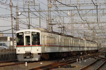 2017年7月2日、西所沢、通過する4011F+4019Fの下り回送列車。