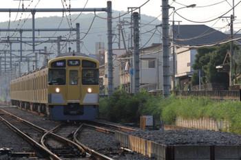 2018年8月4日、東飯能~高麗、2077Fの1002レ。