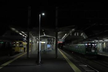2018年8月11日、西所沢、東急5122Fの3706レ(右)と2501Fの6179レ。