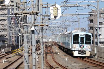 2018年8月19日 7時55分ころ、練馬、急行線を通過する4009Fの上り回送列車。
