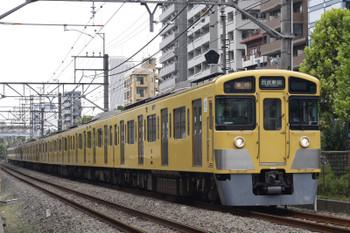 2018年8月29日、高田馬場~下落合、2525F+2411F+2527Fの2332レ。