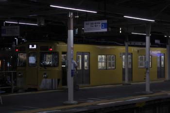 2018年8月31日20時43分ころ、小手指、1番ホームから発車した2411F+4連の上り回送列車。