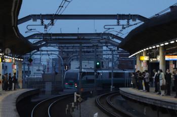 2018年11月12日、赤羽、251系の上り回送列車。