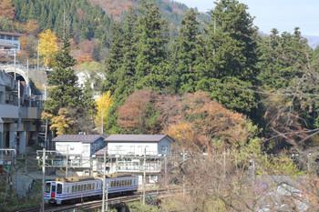 2018年11月12日 11時49分ころ、越後湯沢〜石打、後追い。北越急行の快速 直江津ゆき3836M列車。