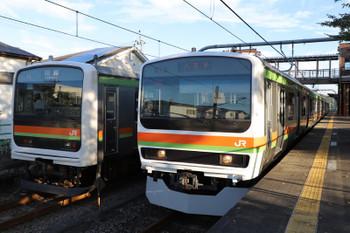 2018年8月26日 6時17分ころ、金子、タイプが異なる209系同士のすれ違い。