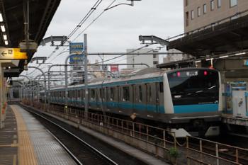 2018年9月2日 6時14分ころ、赤羽、引き上げ線へ入るE233系の北行回送列車。