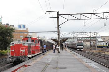 2018年9月2日 15時59分ころ、下館、右から関東鉄道のDCとJR水戸線のE531系、そして真岡鉄道の茂木ゆき(DE10-1535牽引)。