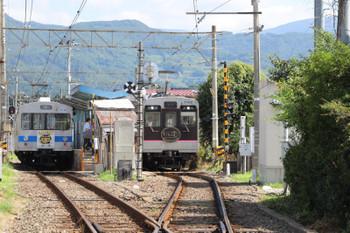 2018年7月27日 8時49分ころ、医王寺前、1109ほか3連の福島ゆきと7101ほか2連の飯坂温泉ゆき。