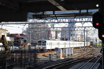 2018年10月21日 15時27分ころ、所沢、263Fに牽引され小手指へ発車した1253F。