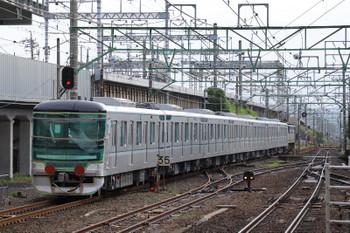 2018年9月9日 6時17分ころ、草薙、EF65-2076に牽引され輸送中の東京メトロ13123F。