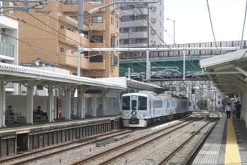 2017年7月2日 10時34分ころ、中井、4009Fの上り回送列車。通過ではなくて一度 停車してました。