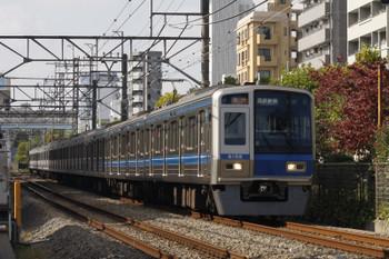 2018年11月8日、高田馬場~下落合、6102Fの2642レ。