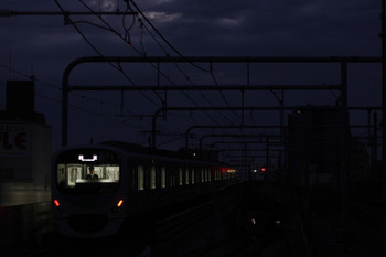 2018年12月2日 6時12分ころ、練馬、通過した38111Fの上り回送列車。