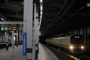 2018年12月9日 6時11分ころ、練馬、通過する38105Fの上り回送列車。