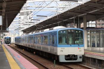 2018年10月6日 7時7分ころ、野田、新旧の普通電車。さらに古い普通電車にもこの後 出会うことができました。