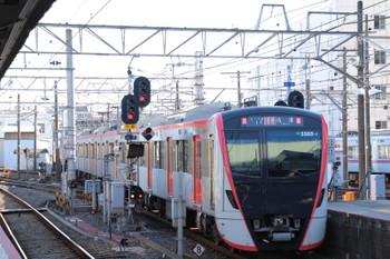 2019年1月1日 10時43分ころ、京成津田沼、都営5500形の快速 佐倉ゆき。