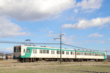 2019年1月2日 11時47分ころ、西吉井~吉井、(<-高崎)303+251の下仁田ゆき。