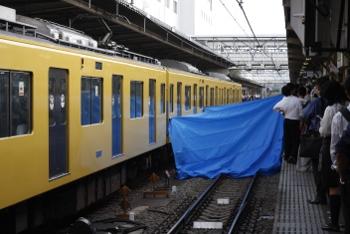 2009年7月15日 6時43分頃、所沢、人身事故救出の様子。