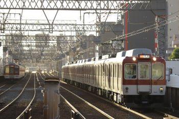 2018年10月6日 16時59分ころ、今里、近鉄車両の急行 奈良ゆき。