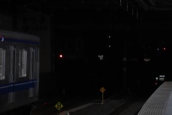 2019年1月20日 6時10分ころ、練馬、2063Fの5406レに頭を抑えられた20151Fの上り回送列車。