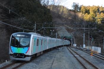 2019年1月27日 9時9分ころ、芦ケ久保、2番ホームを通過した西武秩父ゆきS-Trainの401レ。