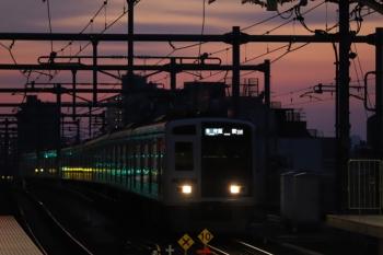 2019年2月24日。石神井公園。朝焼けをバックに到着する6109Fの6501レ。