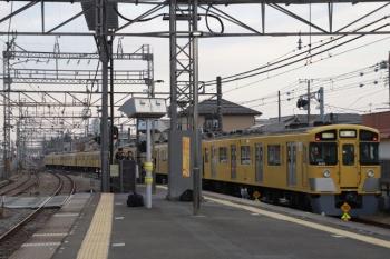 2019年3月2日 16時52分ころ。西所沢。1番ホームから発車した9102Fの上り回送列車。池袋へ回送されたようで、2155レになっていました。