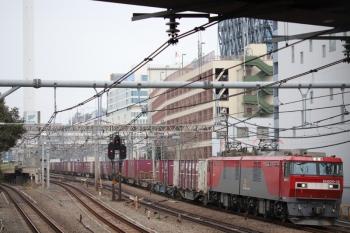2019年3月10日 11時58分ころ。池袋。EH500-13牽引の南行コンテナ貨物列車。