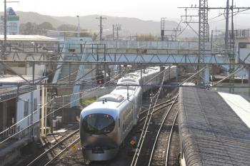 2019年3月21日 16時18分ころ。仏子。中線から発車した001-A編成の下り回送列車。