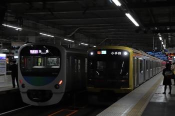 2019年3月30日。所沢。東急4110Fの4855レ(右)と、38104Fの1002レ。