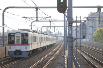 2019年4月21日 6時49分ころ。富士見台。4003F+4015Fの上り回送列車。