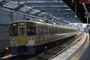 2019年4月28日 6時11分ころ。富士見台。通過する2063Fの上り回送列車。