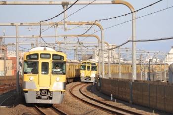 2019年5月5日。富士見台。2075Fの5206レ(左)と2091Fの上り回送列車。