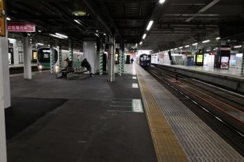 2019年5月22日。所沢。上りホームの南側の端から。左が新宿線、中央が池袋線の、上り列車です。