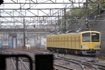2019年7月7日 13時18分ころ。新秋津。1251Fに向かう263FとEF66形100番第牽引の北行貨物列車。