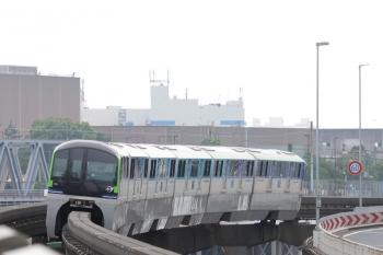 2019年7月21日 13時0分ころ。天王洲アイル。上り列車。