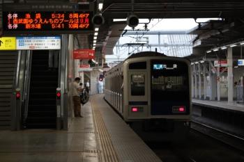 2019年8月12日。所沢。発車した6116Fの3102レ。普段、6000系が3102レに入ることはありません。