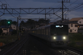 2019年8月29日。元加治。到着する20101Fの3102レ。