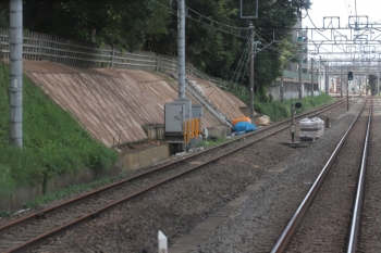 2019年9月8日。秋津〜所沢駅間。下り列車の車内から。