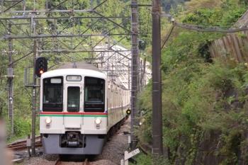 2019年9月17日 13時4分。芦ケ久保。4019F+4017Fの下り回送列車。