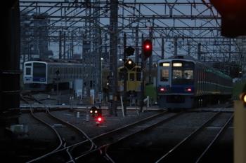 2019年9月21日。所沢。左端から、電留線で夜間帯泊だった6155F・2071Fと、通過した6101Fの新宿線・上り回送列車。