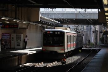 2019年10月5日。椎名町。東急4105Fの4106レ。運用番号は00Kと表示。