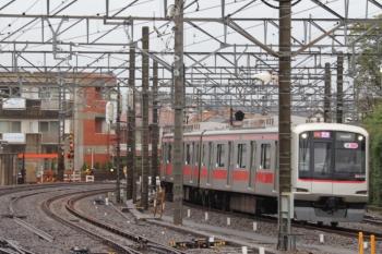 2019年10月12日。所沢。東急5174Fの1751レはほぼ定時で飯能まで運転。