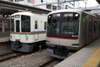 2019年10月14日。所沢。右から、東急4105Fの1702レ、4013Fほかの1003レ、6155Fの6803レ。