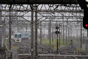 2019年10月14日 9時5分ころ。所沢。5番ホームを通過した4009Fの下り臨時列車。