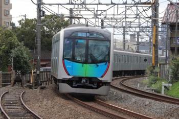 2019年10月15日。清瀬。40102Fの豊洲ゆきS-Train 504レ。下りが定時運転ならば西武秩父ゆき5205レとこの辺りですれ違うかなと思っていたのですが。