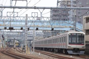 2019年11月3日。保谷。東急4107Fの入間市ゆき快速(通常は1803レ)。